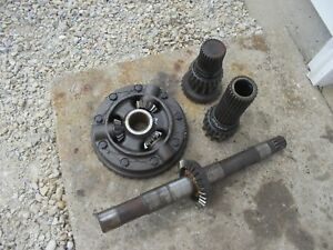 Massey Harris 33 Mh Tractor Main Transmission Drive Pinion Gear Assembly Pig 33