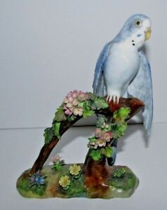 Staffordshire J T Jones Porcelain Parakeert Bird Figurine 89