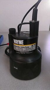 Wayne Gfu110 660 Gpm 3 4 Oil free Submersible Multi purpose Utility Pump