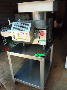 Patty o matic Patty Model 330a Machines Patty Maker 115v On Table W casters