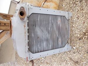 Mccormick Farmall F12 F14 Tractor Good Ih Ihc Engine Motor Radiator Assembly