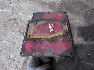 Farmall 560 Ih Tractor Ta Transmission Cover For Over Torque Amplifier