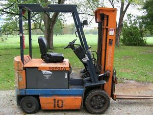 Toyota 6000lb Capacity Forklift Towmotor Lift Truck