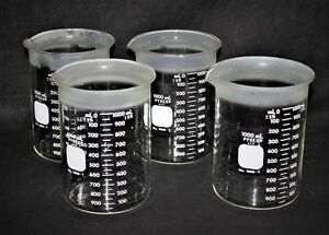 Four 4 Pyrex 1000 t Graduated Beaker With Teflon Coating Around The Rim