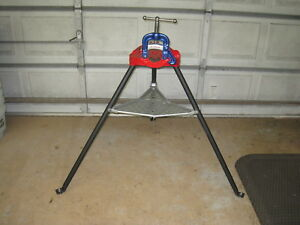 Ridgid 40a Tristand 1 8 To 2 1 2 Pipe Vise Yoke Clamp Tripod Remanufactured