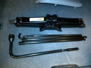 2008 Liberty Jack And Tools Kit Set Lug Wrench