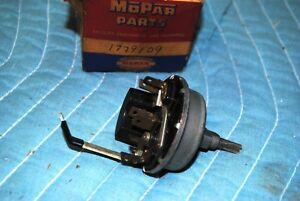 Nos Mopar 1957 1958 Plymouth Variable Speed Wiper Switch 1779109