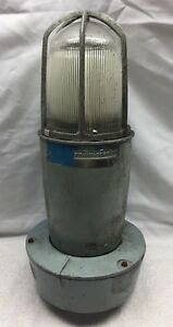 Crouse hinds Vaporgard Explosion Proof Light Fixture Industrial