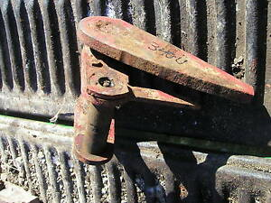 Farmall 340 Utility Tractor Fasthitch Bottom Mount Bracket