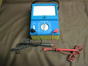Multimeter Model Ck 14510 l11 With Leads Made By The Simpson Electric Co