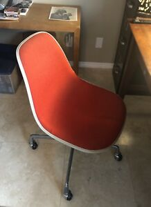 Vintage Mid Century Herman Miller Rolling Office Chair