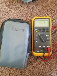Super Clean Used Fluke 87 True Rms Digital Multimeter W leads Case Works Great