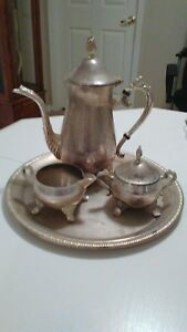 International Silver Co Silverplated Coffee Tea Pot Set With Serving Tray