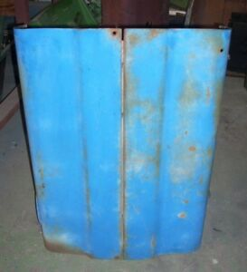 Ford 2000 Tractor Gas Early Louvered Hood