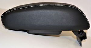 New Oem Jeep Wrangler Jk Black Leather Center Console Lid Armrest Call Of Duty