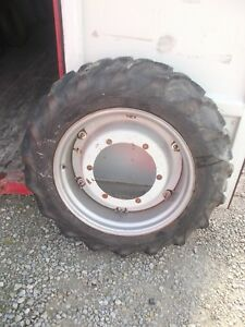 Ford 9n 2n Tractor Center Hub 12 4 X 28 55 Good Year Tread Tire