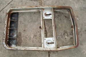 Massey Ferguson 1105 Tractor Front Nose Grill Mount 1135