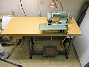 Consew Industrial Blind Stitch Sewing Machine 221 Complete W Motor Table
