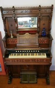 Antique 1888 Sterling Co Mouse Proof Derby Reed Pump Parlor Organ 61 Keys