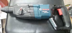 Bosch Gbh 2 28l Bulldog Xtreme Max 1 1 8 In Sds plus Rotary Hammer New Open Box