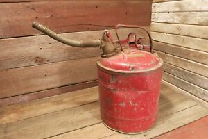 Vintage Safeway Safety Gas Can Metal Model d Underwriters Laboratories Inc Red