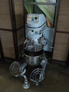 Globe 30qt Mixer Model Sp30 With Ss Bowl Whip Paddle And Hook