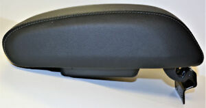 New Oem Jeep Wrangler Jk Black Leather Center Console Lid Armrest Black Country