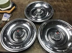 Vintage Chrysler Imperial Hubcap Lot Of 3 15 Inch