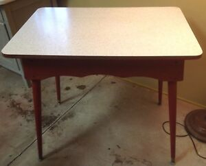Mid Century Vintage Sparkle Formica Red Wood Kitchen Breakfast Table Retro