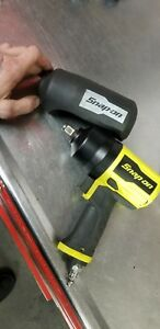 Snap on Pt850o High Vis Yellow 1 2 Air Impact Wrench With Cover
