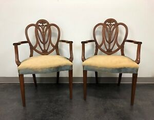 Mahogany Hepplewhite Prince Of Wales Dining Arm Chairs Pair
