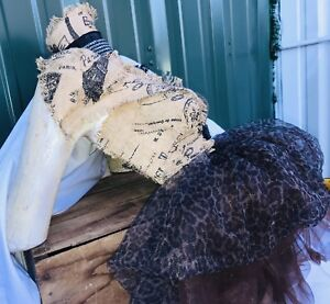 Awesome Custom Mannequin Torso Leopard Tulle Used For Necklace Display