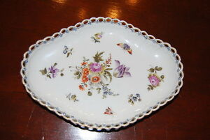 Superb H P Royal Kpm Berlin Dresden Style Cabinet Scalloped Reticulated Plate