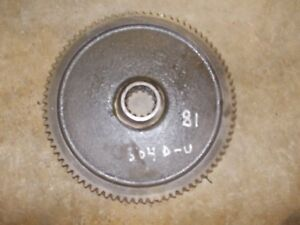 International 504 Utility Tractor Ih Pto Power Take Off Main Drive 81 Teeth Gear