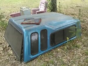 Michigan Ford Leer High rise Truck Cap Topper Bed Box 7 Ft Blue 72 25 X 83 5