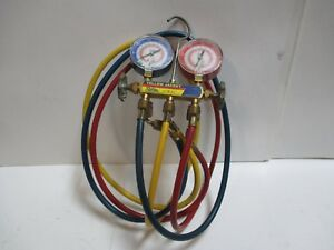 Yellow Jacket 2 valve Test And Charging Manifold W Hoses