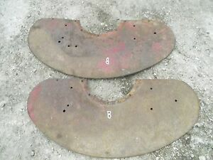 Farmall B Tractor Original Ih Pair Set Of Fender Fenders