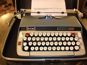 Smith Corona Classic12 Vintage 1980s Typewriter W Carrying Case Re conditioned