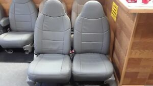 Ford F250 F350 Gray Grey Front Seats no Console Super Duty Bucket Captains