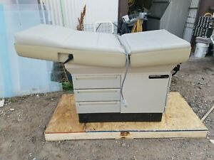 Ritter Midmark 404 Patient Exam Table Tatoo Gynecology Exam Table
