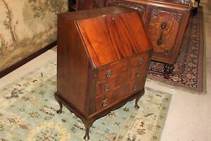 Beautiful English Queen Anne Mahogany Slant Drop Front Desk Office Furniture