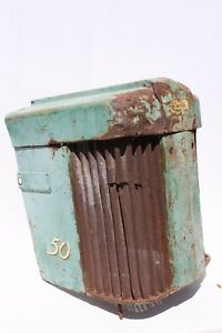 Vintage John Deere Tractor 50 Front Nose Cone Grill Man Cave Farmhouse Barn