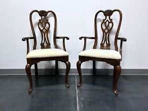 Thomasville Cherry Queen Anne Style Dining Captain S Arm Chairs Pair