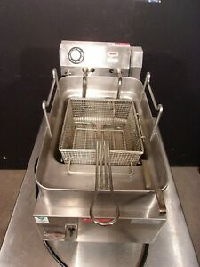 Fryer Electric Counter Top Wells 15lbs 695 Nice
