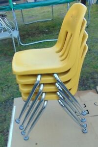 Lot Of 4 Vintage Virco Martest School Chair 18 Seat Height Yellow