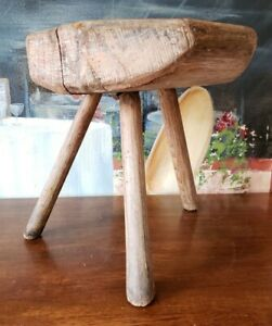 Wonderful Early Primitive Antique Morticed 3 Legged Milking Milk Stool