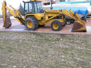 John Deere 710b Backhoe Loader