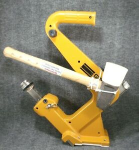 Stanley Bostitch Mfn 200 Manual Hardwood Flooring Cleat Nailer And Mallet