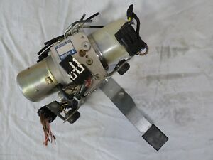 1998 2000 2001 2002 2004 Mercedes R170 Convertible Top Hydraulic Motor Oem