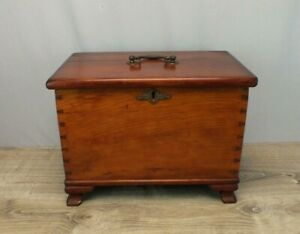 1800s Antique Miniature Blanket Chest In Cherry Wood With Dovetail Construction